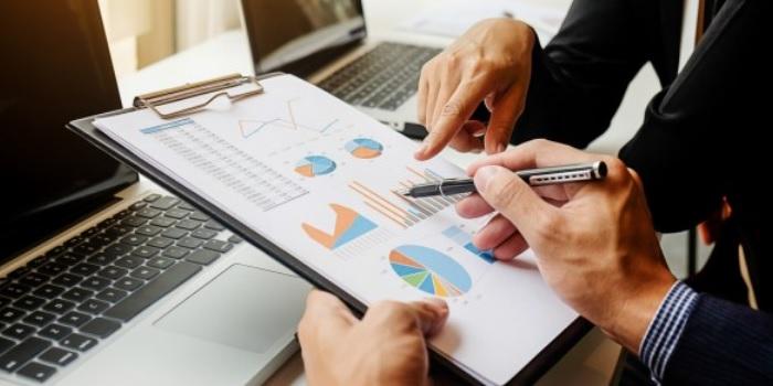 b2b sales lead database
